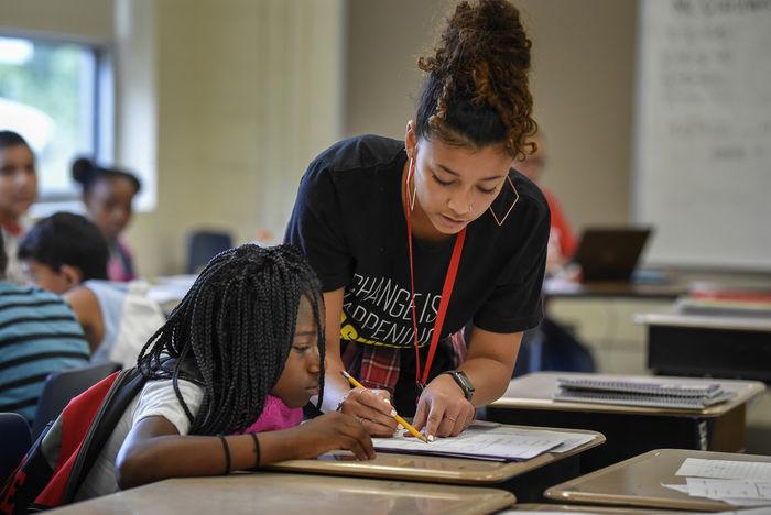 mengajar anak berkebutuhan khusus