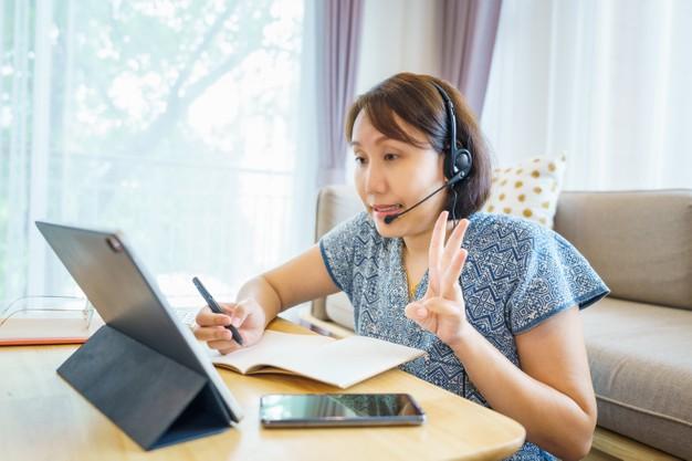 Belajar Bahasa Isyarat Online