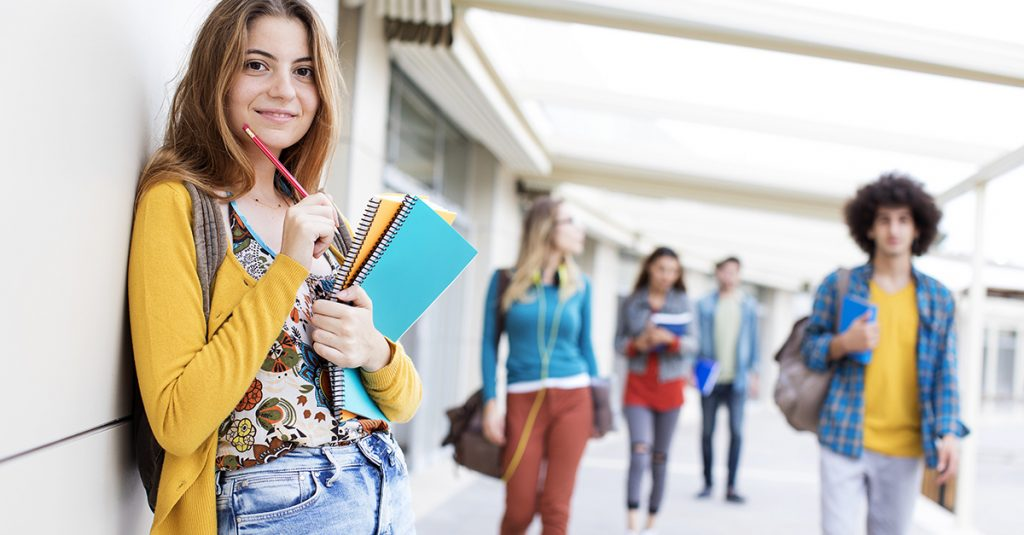 Ilustrasi Mahasiswa Kuliah
